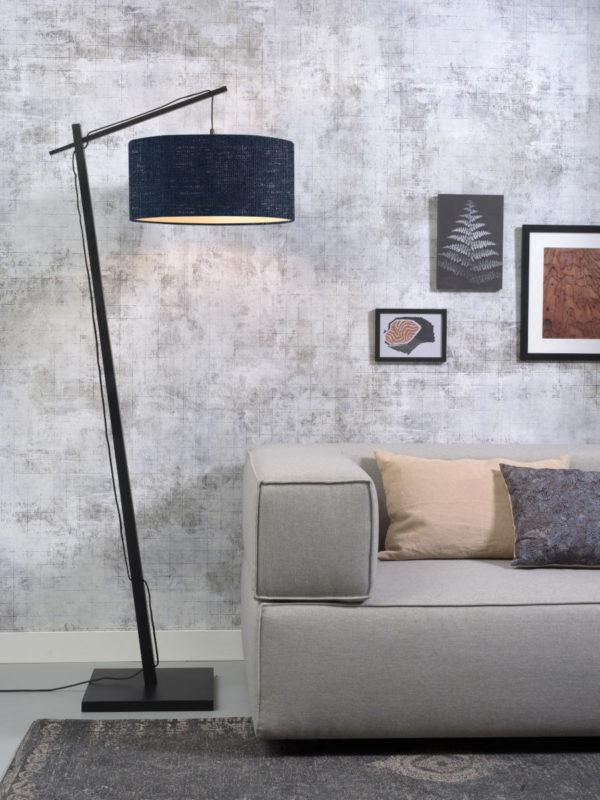 Vloerlamp Andes bamboe zw. h.176cm/kap 47x23cm ecolin. bl.denim Good & Mojo Vloerlamp ANDES/F/B/4723/BD