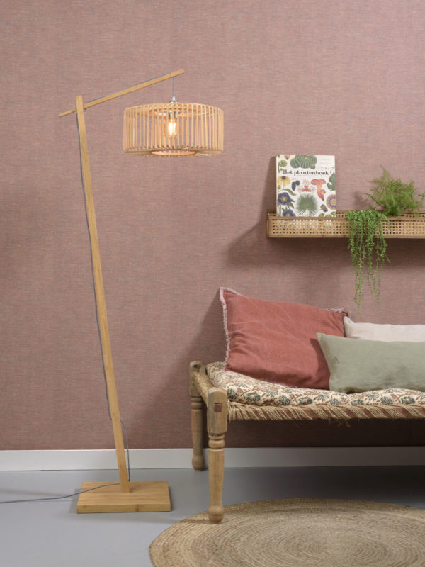 Vloerlamp Bromo bamboe nat. h.176cm/kap dia.40x18cm nat. S Good & Mojo Vloerlamp BROMO/F/AD/N/4018/N