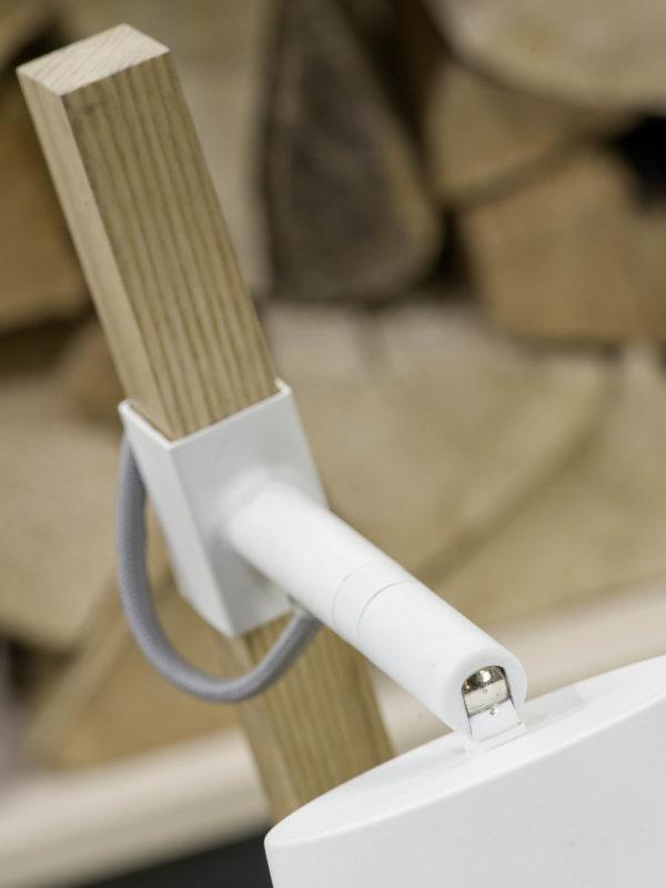 Tafellamp ijzer/essenhout Sydney h.54cm/kap 15x15cm, wit/naturel it's about RoMi Tafellamp SYDNEY/T/W