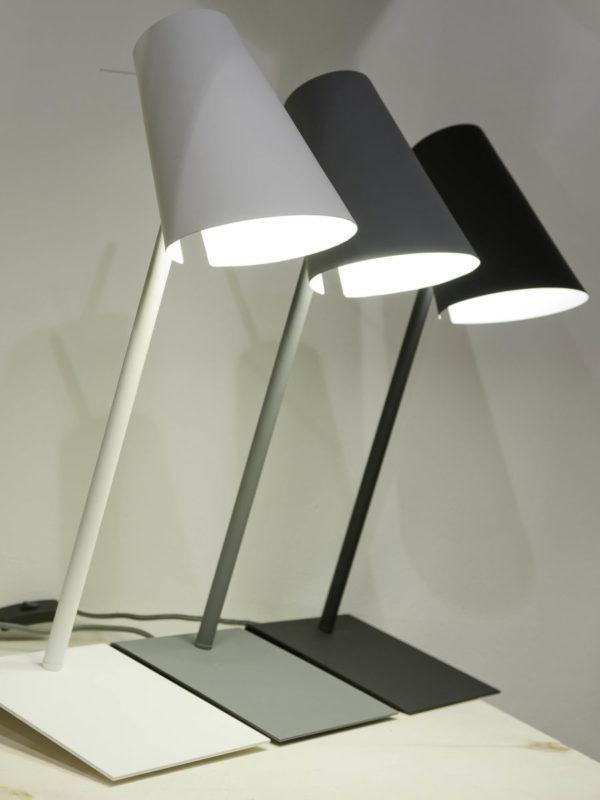 Tafellamp ijzer/rubber finish Cardiff h.54/kap h.20x15cm, wit it's about RoMi Tafellamp CARDIFF/T/W