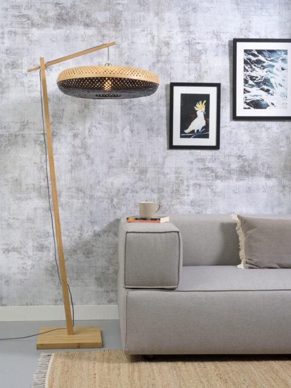 Vloerlamp Palawan bamboe nat. h.176cm/kap 60x15cm nat/zw. it's about RoMi Vloerlamp PALAWAN/F/AD/N/6015/BN