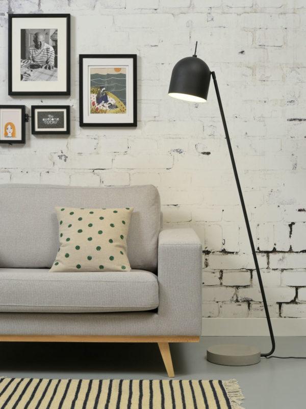 Vloerlamp ijzer/cement voet Madrid h.147x32cm/kap dia.18xh.19cm, zwart it's about RoMi Vloerlamp MADRID/F/B